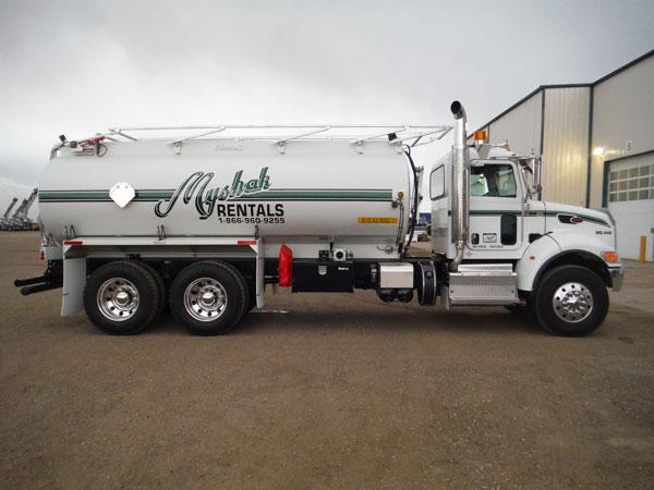 Tandem Axle Water Truck